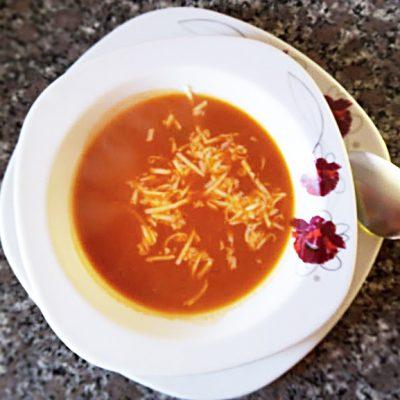 Турецкий томатный суп с сыром - рецепт с фото
