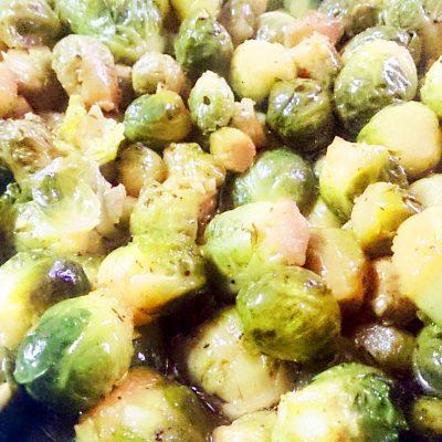 Овощной гарнир — запеченная брюссельская капуста - рецепт с фото