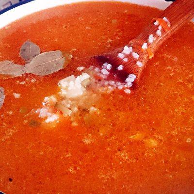Рассольник с рисом и солеными огурчиками - рецепт с фото