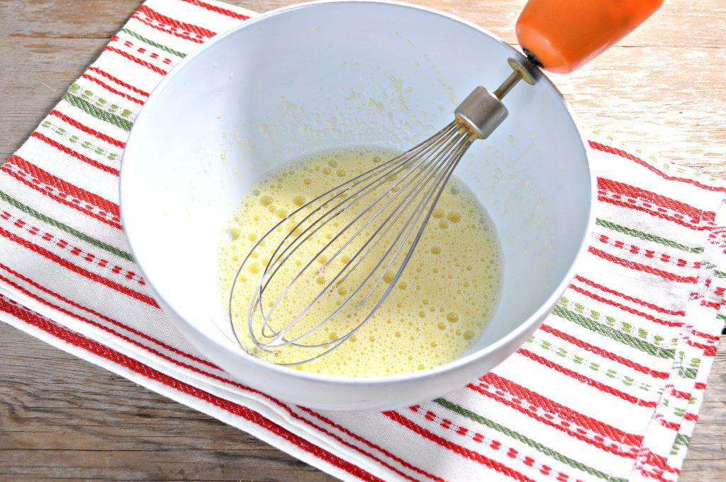 Фото рецепта - Бабушкины блины на молоке - шаг 2