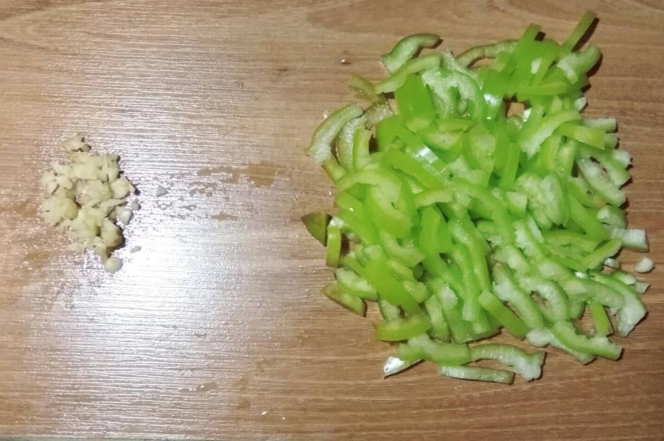 Фото рецепта - Каша пшенная с овощами - шаг 3