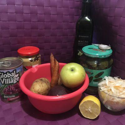 Фото рецепта - Винегрет с фасолью и квашеной капустой - шаг 1