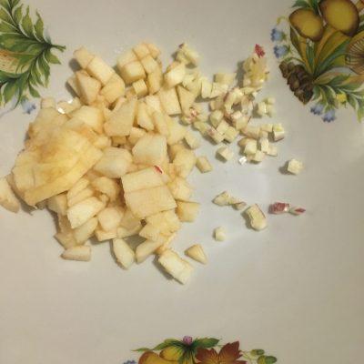 Фото рецепта - Винегрет с фасолью и квашеной капустой - шаг 3