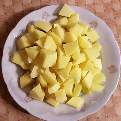 Фото рецепта - Рассольник с рисом на говядине без обжарки, в мультиварке - шаг 2