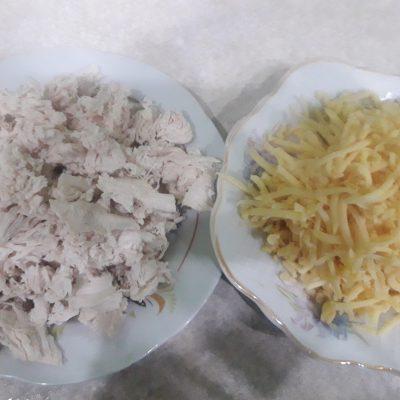 Фото рецепта - Жареные конвертики из лаваша с курицей и овощами - шаг 2