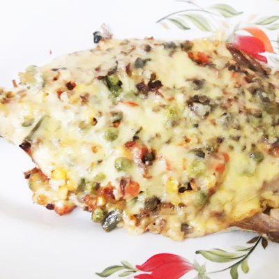 Скумбрия, запеченная с овощами под сыром - рецепт с фото