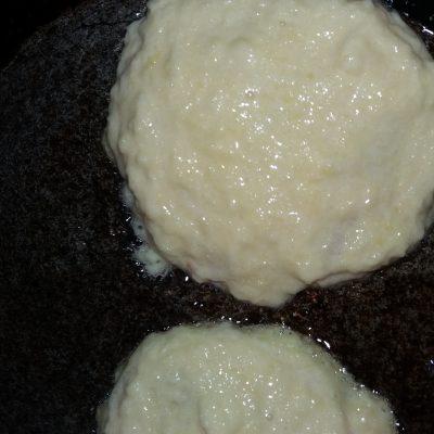 Фото рецепта - Деруны с мясом - шаг 4