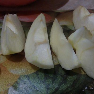 Фото рецепта - Фруктовый салат с грецким орехом - шаг 3