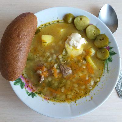 Фото рецепта - Рассольник с говядиной и солеными огурцами - шаг 4