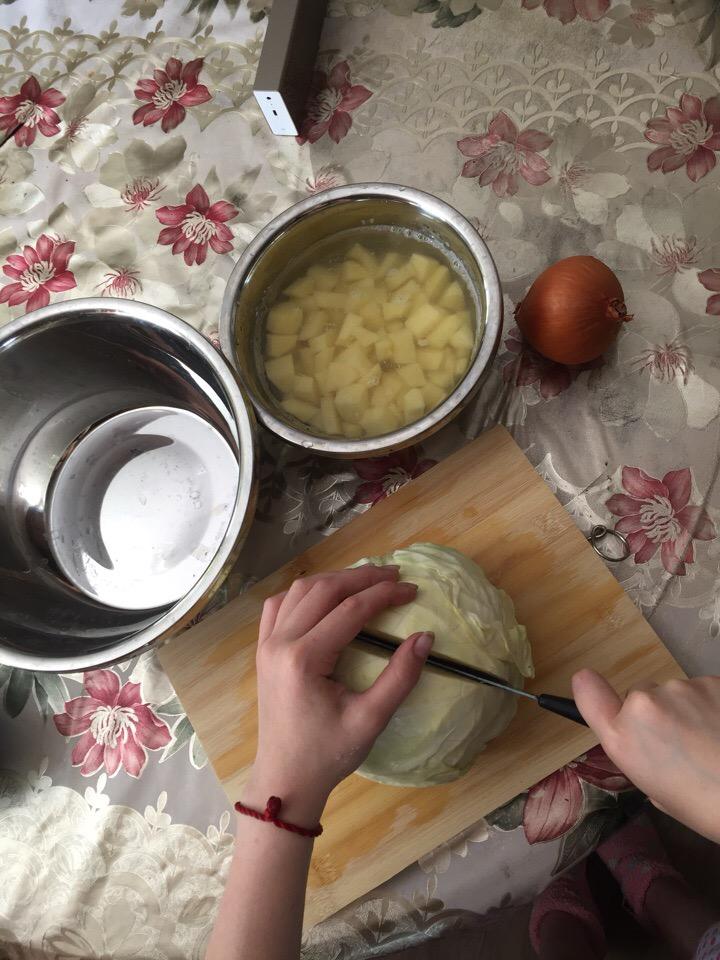 Фото рецепта - Борщ на говядине без свеклы - шаг 3