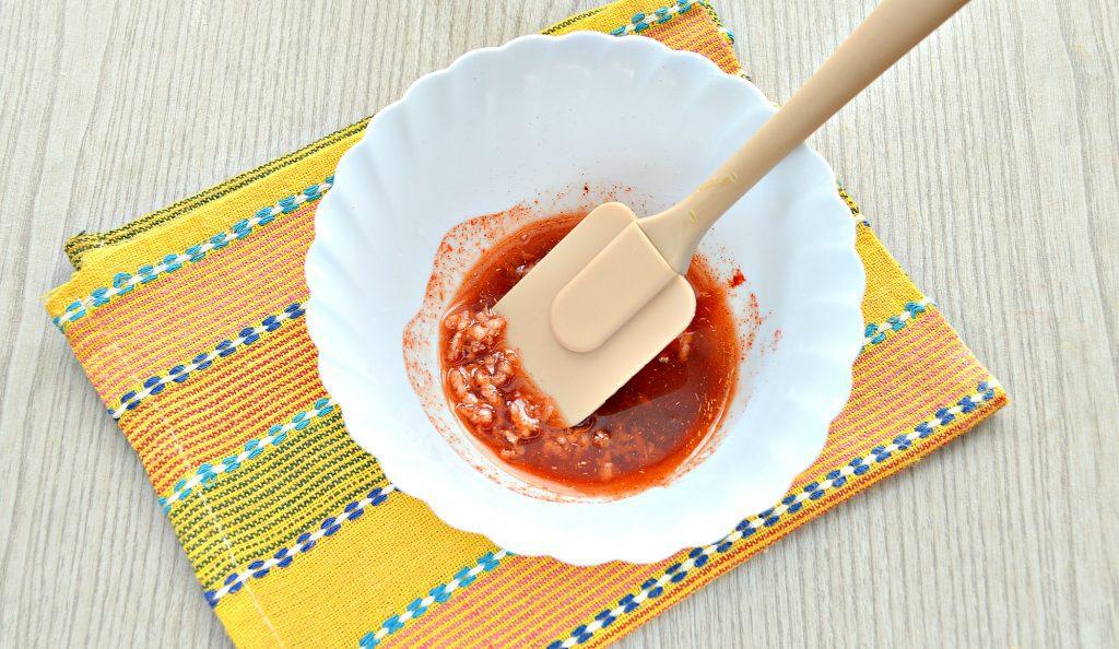 Фото рецепта - Курочка в духовке целиком - шаг 4