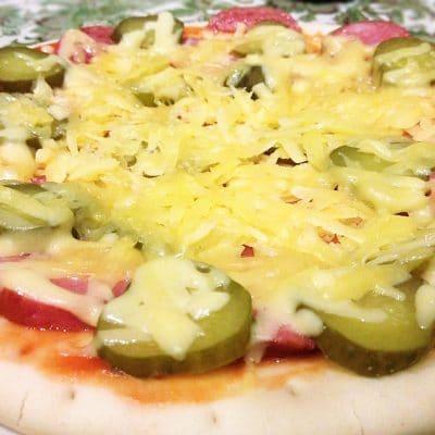 Пицца «По-быстрому» в микроволновке - рецепт с фото