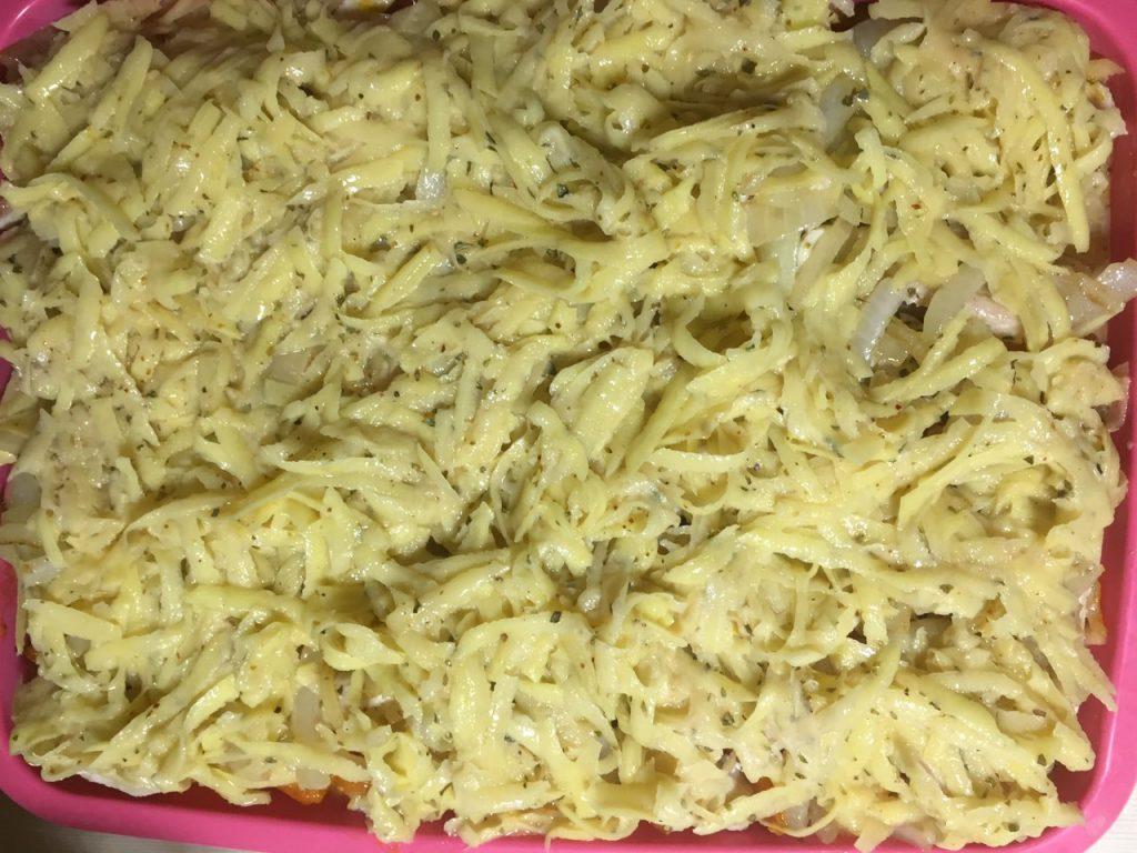 Фото рецепта - Картофельно-тыквенная запеканка с курицей - шаг 7