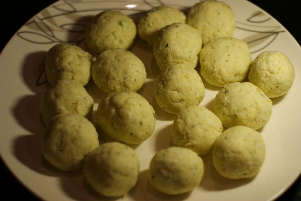 Фото рецепта - Малай кофта — картофельные шарики - шаг 10