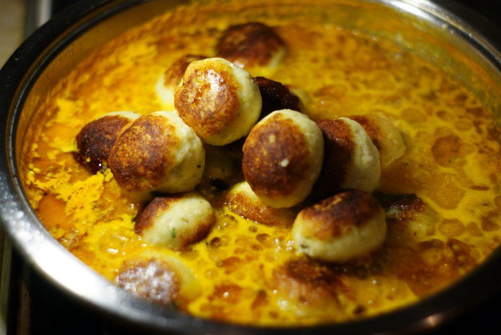 Фото рецепта - Малай кофта — картофельные шарики - шаг 12