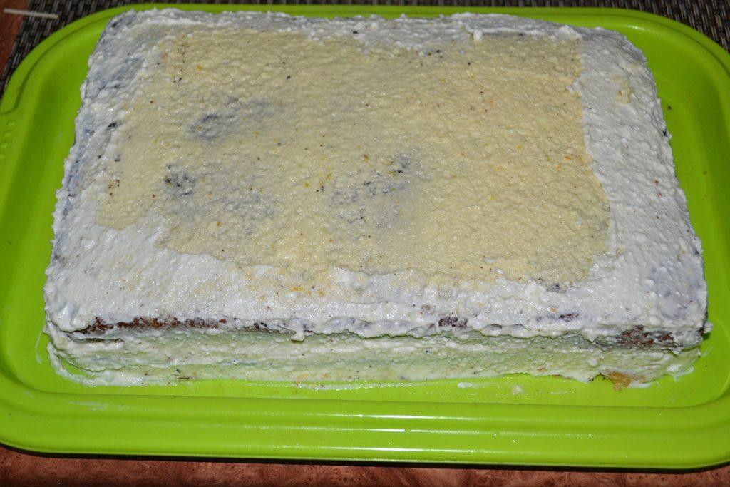 Фото рецепта - Бисквитный торт с творогом и апельсином - шаг 10