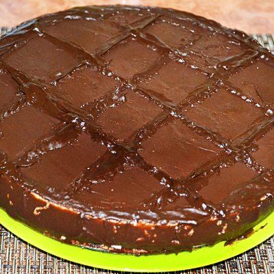 Торт «Баунти» на печенье с творогом - рецепт с фото