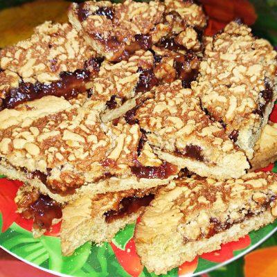 Фото рецепта - Тёртый пирог с вареньем - шаг 11
