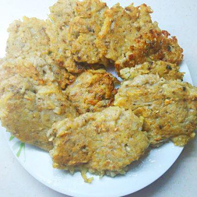 Картофельные котлеты с грибами (драники) - рецепт с фото