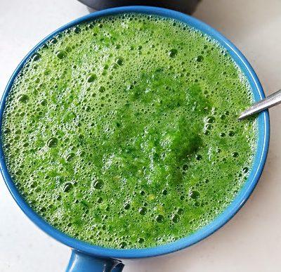 Зелёный коктейль из сельдерея и фруктов - рецепт с фото