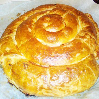 Сытный мясной пирог «Улитка» - рецепт с фото