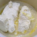 Фото рецепта - Тыквенно-творожная запеканка с сухофруктами - шаг 3
