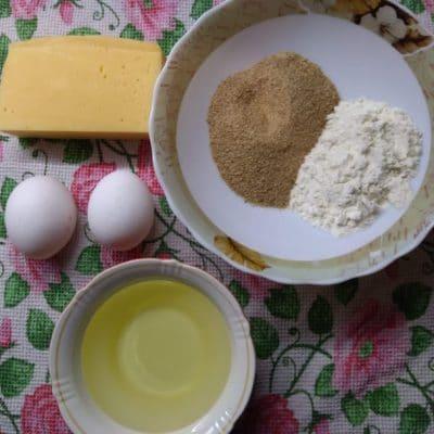 Фото рецепта - Жареные сырные палочки - шаг 1
