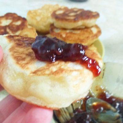 Постная кухня — пышные оладьи на дрожжах - рецепт с фото