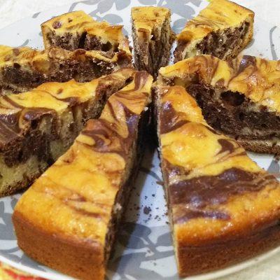 Пирог «Зебра» на домашнем йогурте - рецепт с фото