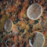 Фото рецепта - Минтай запеченный в духовке с овощами под сырно-сметанным соусом - шаг 4