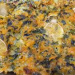 Фото рецепта - Минтай запеченный в духовке с овощами под сырно-сметанным соусом - шаг 5