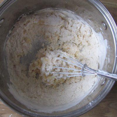 Фото рецепта - Блинчики с начинкой из яиц и колбаски - шаг 2