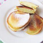 Яблочные дольки в кляре (оладьи)
