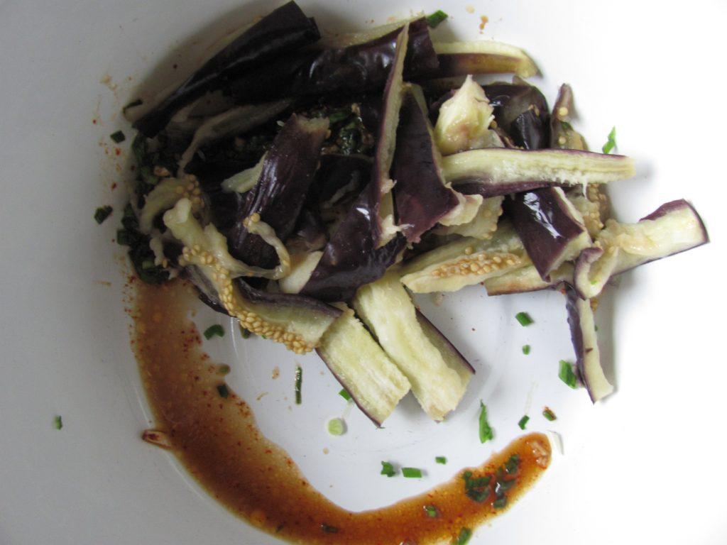 Фото рецепта - Маринованные баклажаны по-корейски - шаг 6