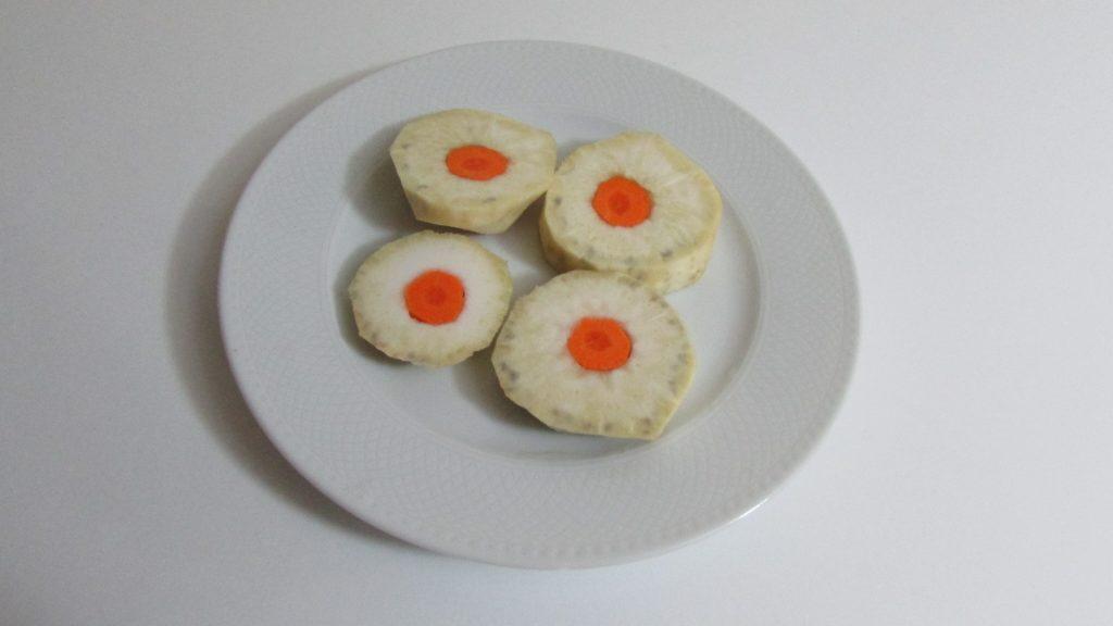 Фото рецепта - Корень сельдерея, тушенный на оливковом масле - шаг 4