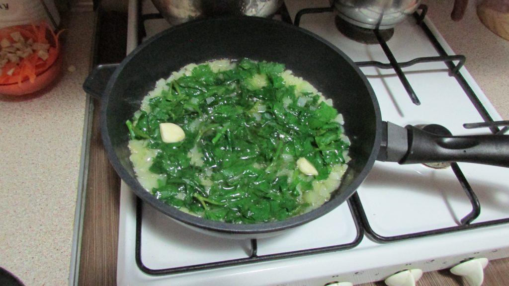 Фото рецепта - Корень сельдерея, тушенный на оливковом масле - шаг 7