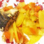 «Ленивая» горбуша с овощами в духовке