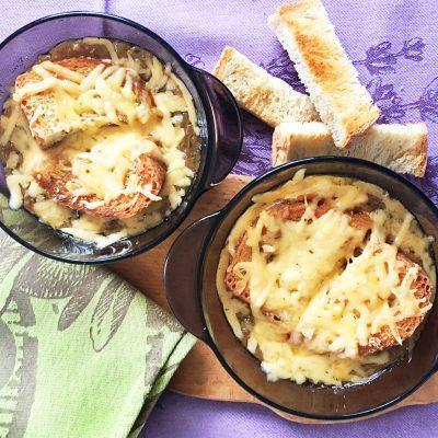 Луковый суп на белом вине - рецепт с фото