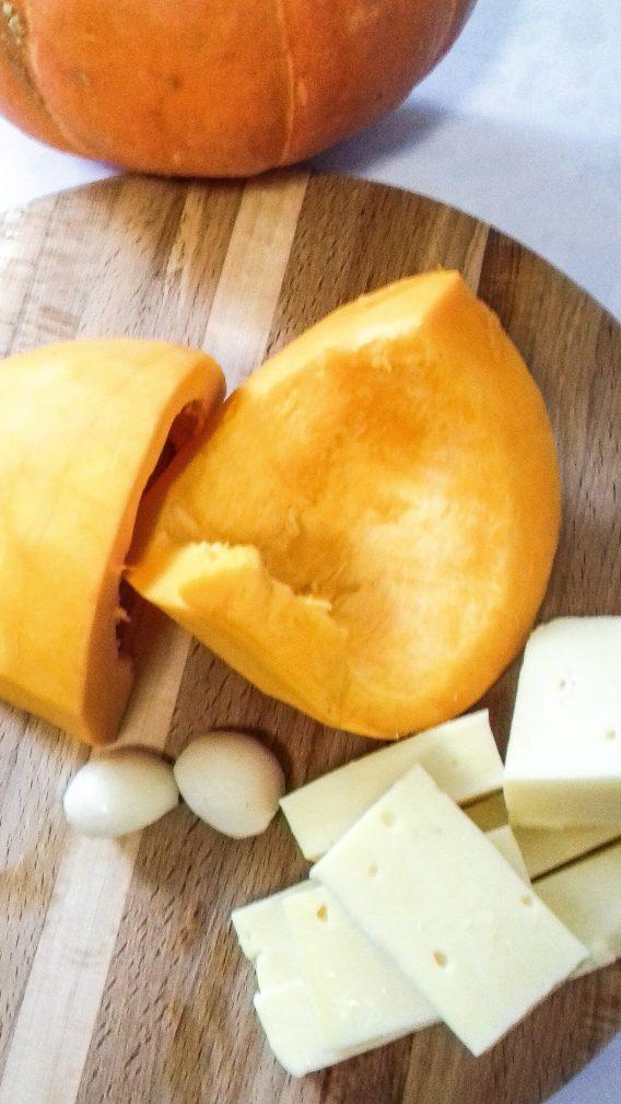Фото рецепта - Салат из тыквы со сметаной - шаг 2