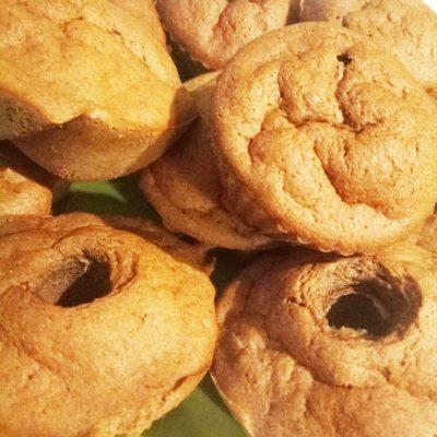 Шоколадные маффины без сахара с бананом - рецепт с фото