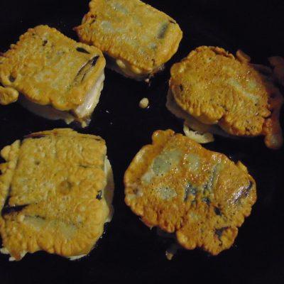 Фото рецепта - Тофу с нори в кляре - шаг 5