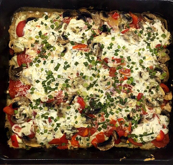 Фото рецепта - Запеканка-пицца с фаршем и грибами (без теста) - шаг 5