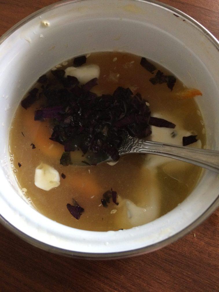 Фото рецепта - Теплый салат из морепродуктов под сливочно-апельсиновым соусом - шаг 1