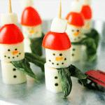 Канапе «Снеговики» из сыра