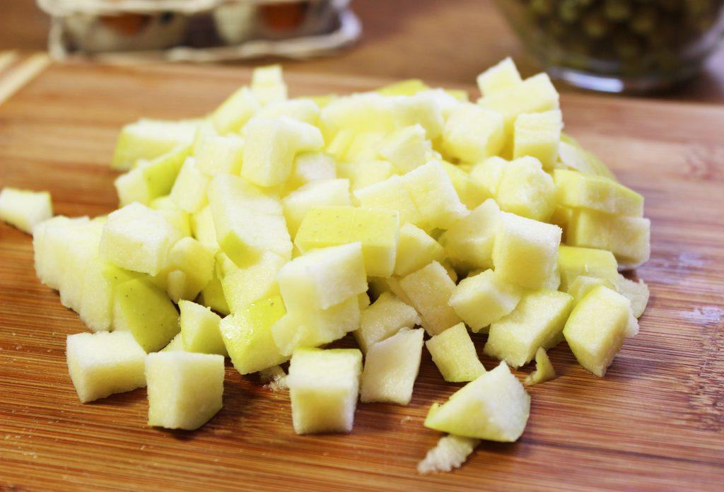 Фото рецепта - Русский салат «Оливье» с ветчиной - шаг 1