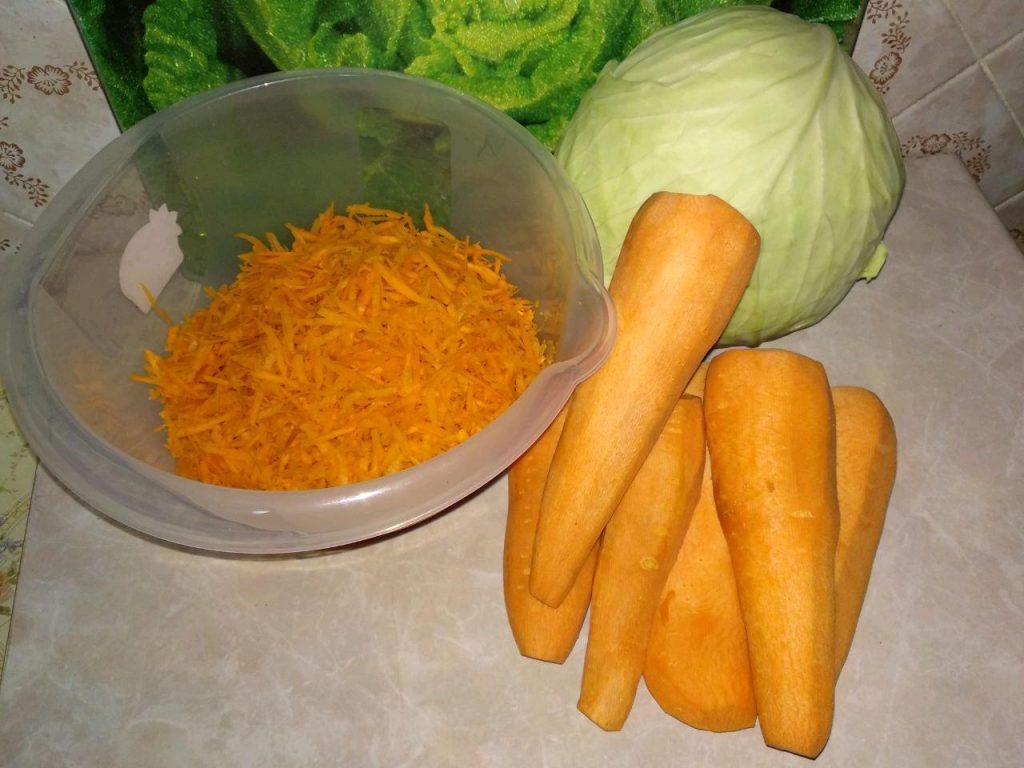 Фото рецепта - Маринованные овощные голубцы - шаг 1
