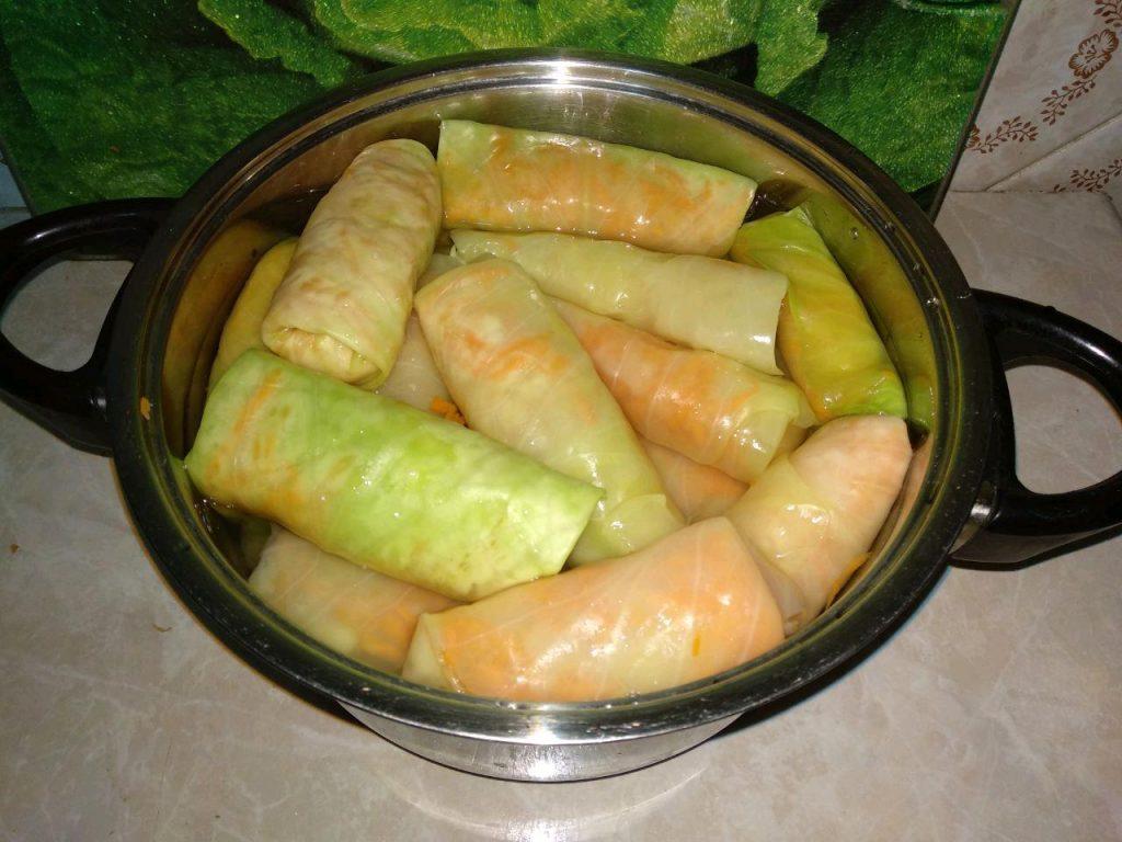 Фото рецепта - Маринованные овощные голубцы - шаг 4
