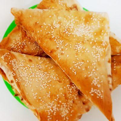 «Ленивые» хачапури с творожно-сырной начинкой - рецепт с фото