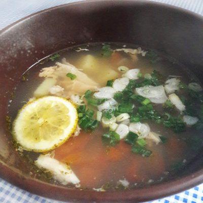 Уха из семги с овощами - рецепт с фото