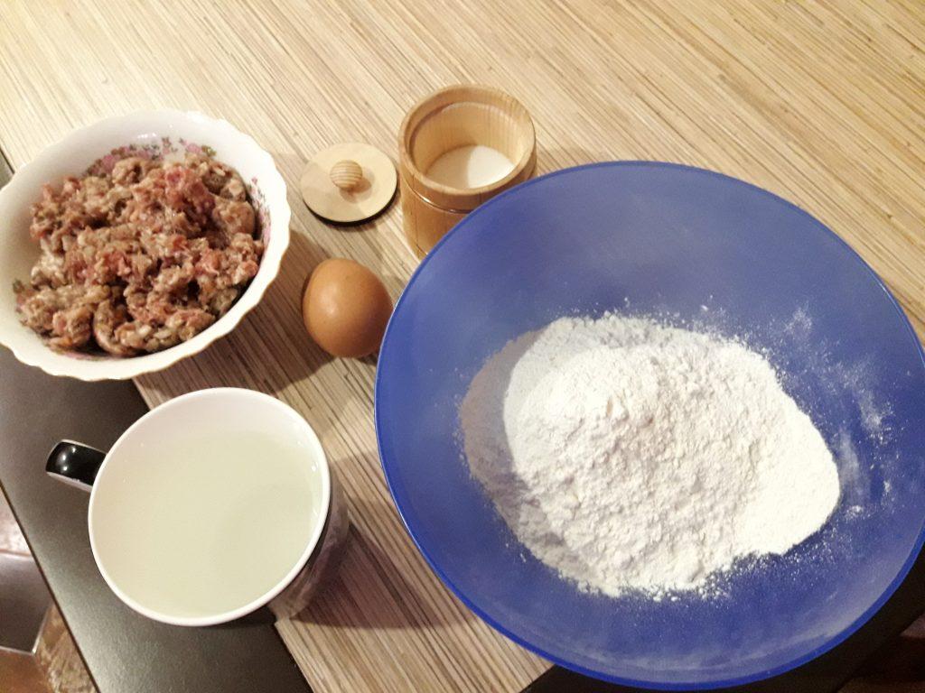 Фото рецепта - Жареные ленивцы-пельмени - шаг 1